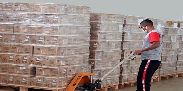 Governo de Goiás entrega mais de 1 milhão de seringas e agulhas aos municípios
